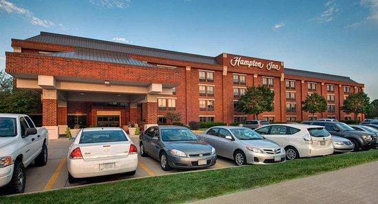 Hampton West Des Moines Exterior Daytime