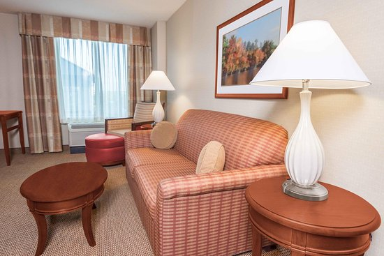 Independence, MO: Suite