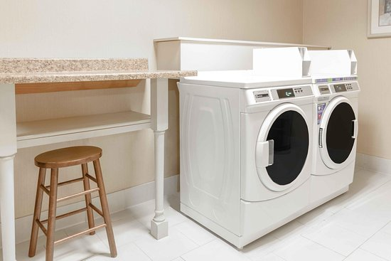 Independence, MO: Laundry