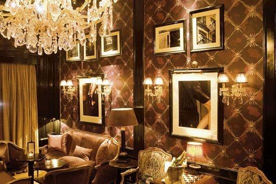 The Toren: Bar/Lounge
