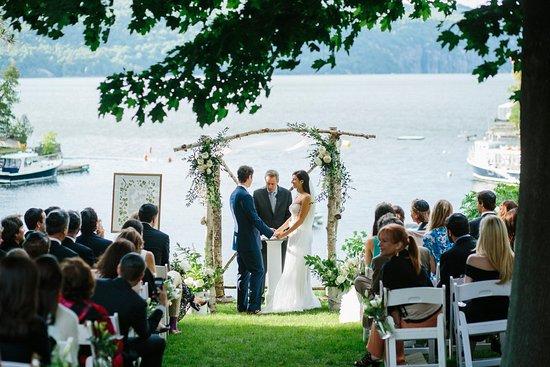 Vergennes, VT: Lodge Lawn Ceremony