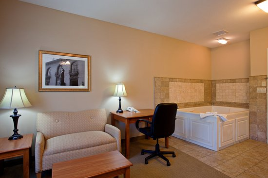 Redlands, CA: Suite
