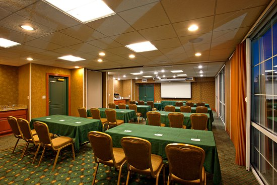 Redlands, CA: Meeting Room