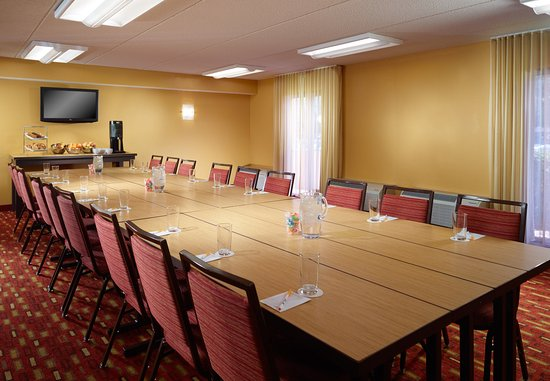 College Park, Georgien: Meeting Room – Boardroom Setup
