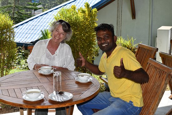 Shangri-Lanka Villa: Happy Days on Tour!
