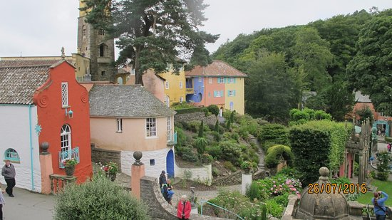 Portmeirion, UK: Village