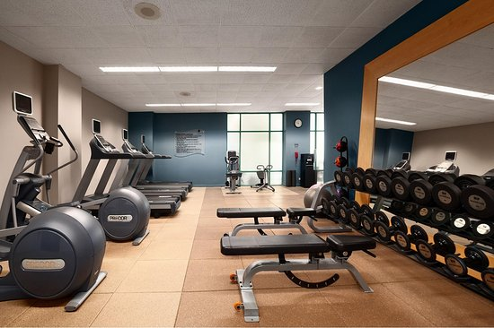 Lombard, IL: Fitness Center
