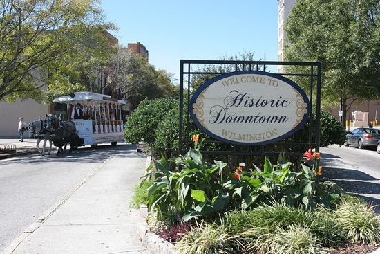 Hilton Garden Inn Wilmington Mayfaire Town Center: Downtown Wilmington