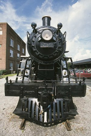 Hilton Garden Inn Wilmington Mayfaire Town Center: Railroad Museum