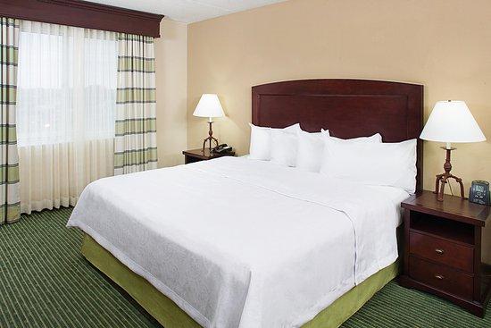 Brentwood, Τενεσί: King Suite Bedroom