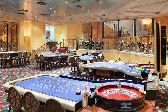 Ramses Hilton: London Club Casino