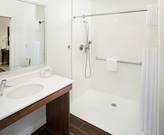 Denton, TX: Accessible Shower