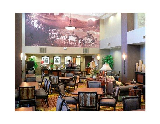 Allen, TX: Grand Lobby