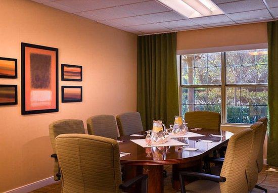 Pleasanton, CA: Boardroom