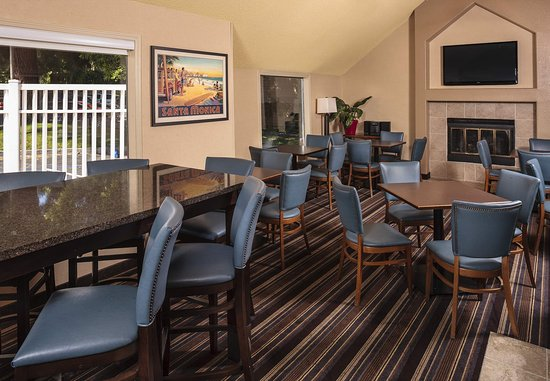 Campbell, CA: Gatehouse Dining Area