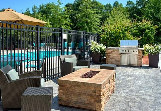 Andover, MA: Outdoor Patio - BBQ & Fire Pit Area