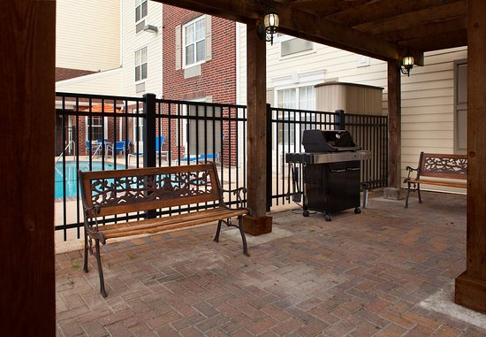 Harahan, Luizjana: Outdoor BBQ Area