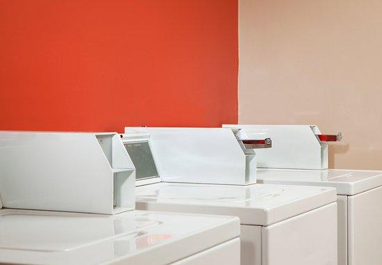 Norcross, GA: Guest Laundry Facilities