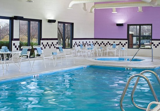 Gaithersburg, MD: Indoor Pool