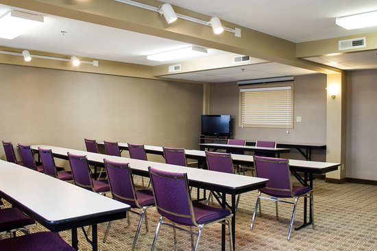 Hastings, NE: Meeting Room
