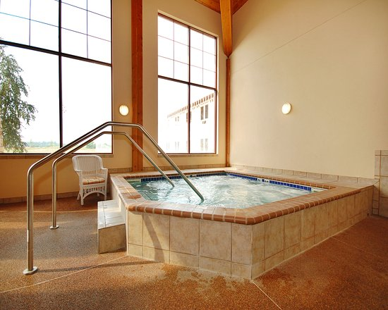 Norfolk, NE : Pool
