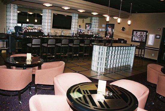 Holiday Inn Port Arthur Bar and Lounge