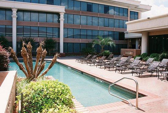 Holiday Inn Port Arthur Swimming Pool