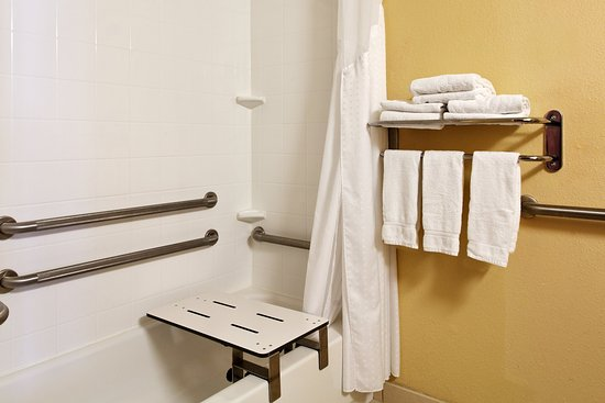 Alcoa, TN: ADA Guest Bathroom