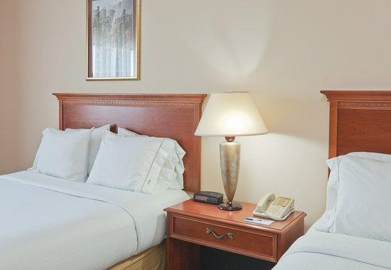 พอร์เทจ, อินเดียน่า: Queen Bed Guest Room