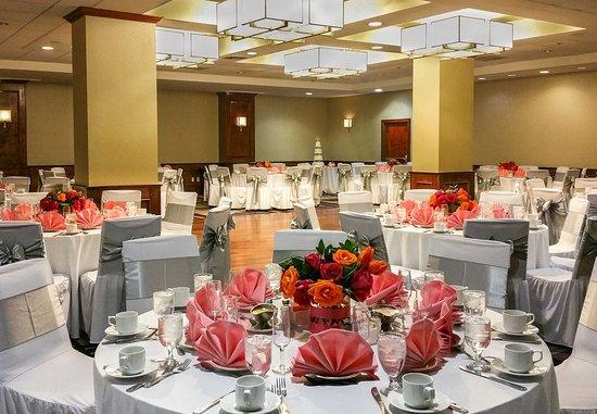 Culver City, CA: Studio Ballroom - Wedding