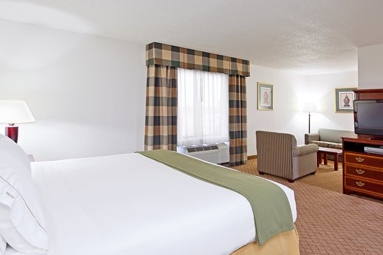 Alliance, OH: Jacuzzi Suite