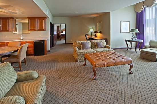 Wilmington, OH: Suite