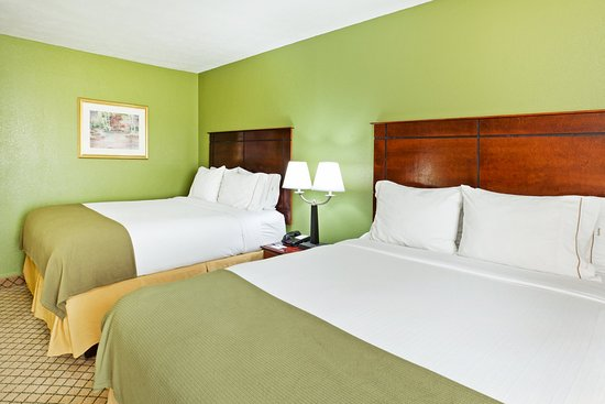 Dandridge, Tennessee: Queen Bed Guest Room