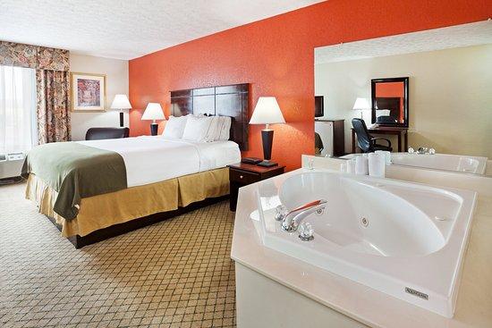 Dandridge, Tennessee: Suite