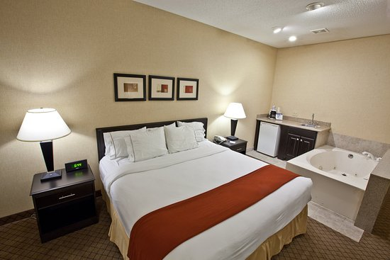 Plymouth, IN: Suite