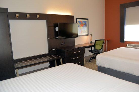 Abilene, TX: Queen Bed Guest Room