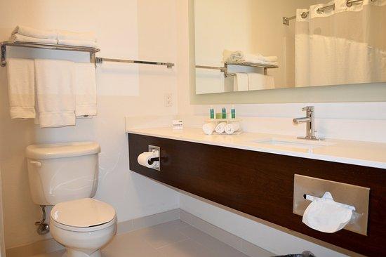 Calexico, CA: Guest Bathroom