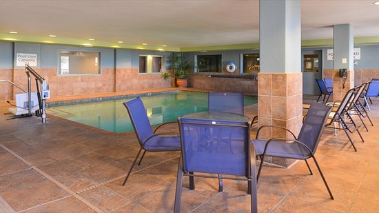 Woodland, كاليفورنيا: Sacramento Holiday Inn Express Woodland Swimming Pool
