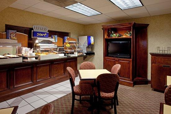 Lexington, SC: Breakfast Bar