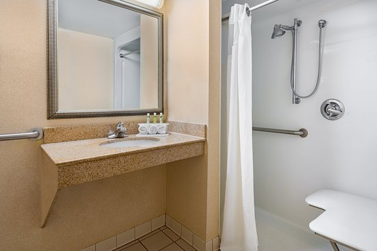 Mechanicsville, Βιρτζίνια: Guest Bathroom