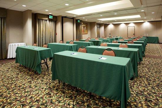 Sulphur, LA: Meeting Room-Classroom-72 People; Theatre 140 People