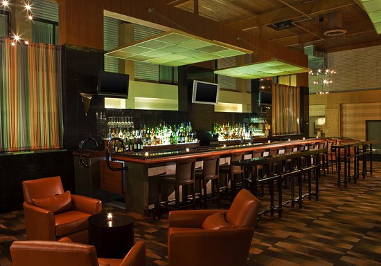 Hauppauge, NY: UPSKY Spiritz Lounge