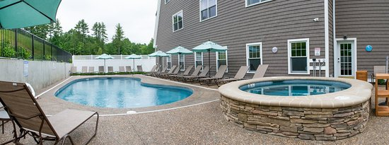 Bedford, Nueva Hampshire: Pool