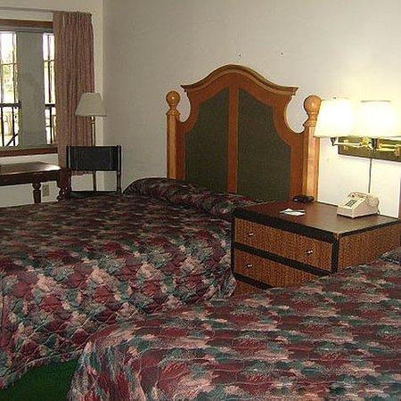 Waupaca, WI: Beds