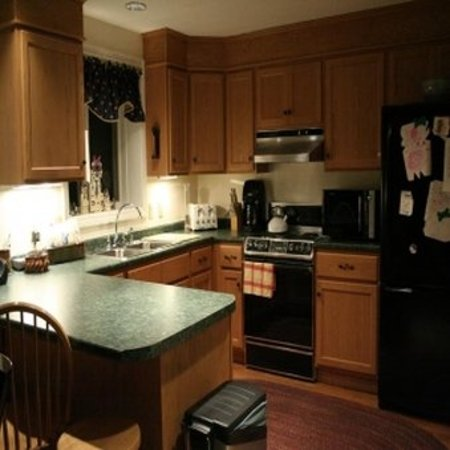 Jackson, NH: TWO BEDROOM CONDOMINIUM
