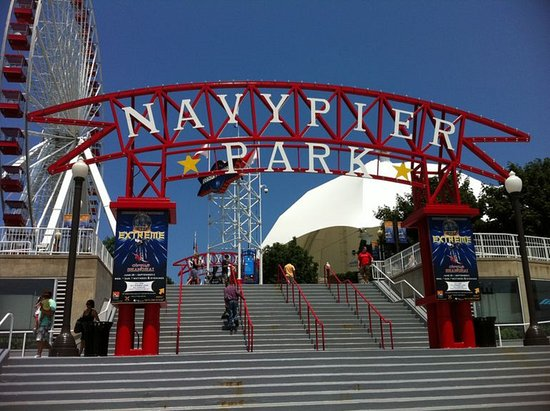 Schiller Park, IL: Guests can easily access Navy Pier on the Blue Line