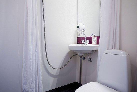 Kastrup, Dinamarca: Bathroom