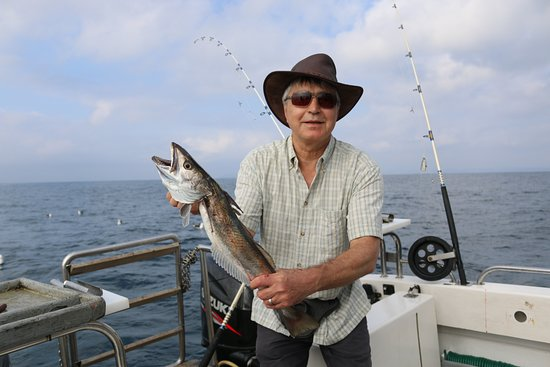 Plettenberg Bay, Sudáfrica: Well, it was the biggest fish I ever caught! (a hake)