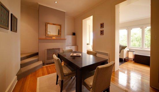 New Norfolk, Australien: Living Room adjoining to the Sunroom