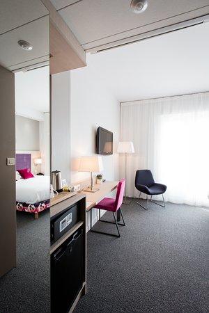 Best Western Plus Hotel Plaisance : Détail bureau